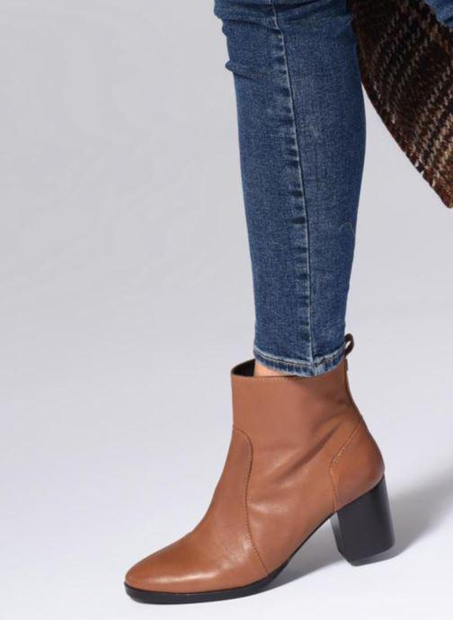 Bottines et boots Georgia Rose Sylvy Soft Noir vue bas / vue portée sac