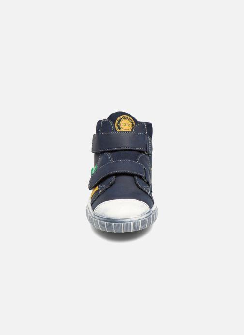 Baskets Kickers Bumper Bleu vue portées chaussures