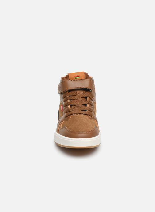 Baskets Kickers Gready Mid Cdt Marron vue portées chaussures