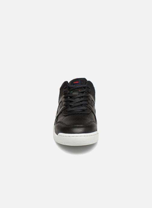 Sneaker FILA Cedar Low schwarz schuhe getragen