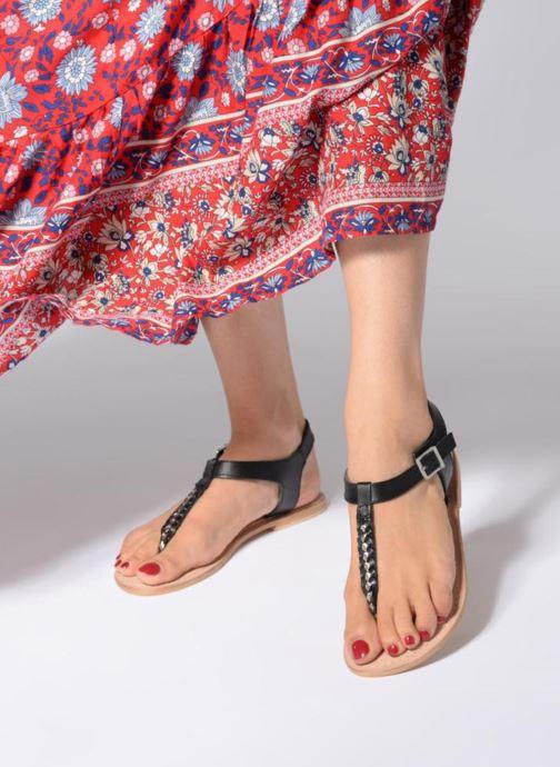 Sandales et nu-pieds Initiale Paris MAKOTO Noir vue bas / vue portée sac