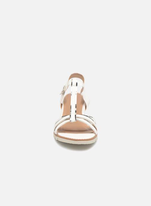 Sandales et nu-pieds Initiale Paris ROMANE Blanc vue portées chaussures