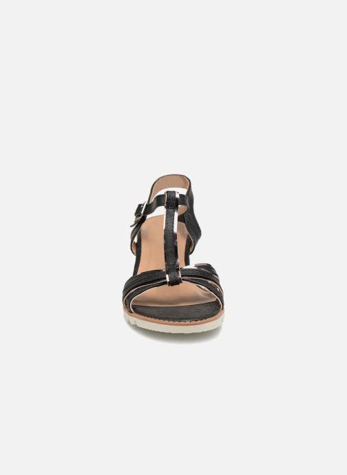 Sandales et nu-pieds Initiale Paris ROMANE Noir vue portées chaussures