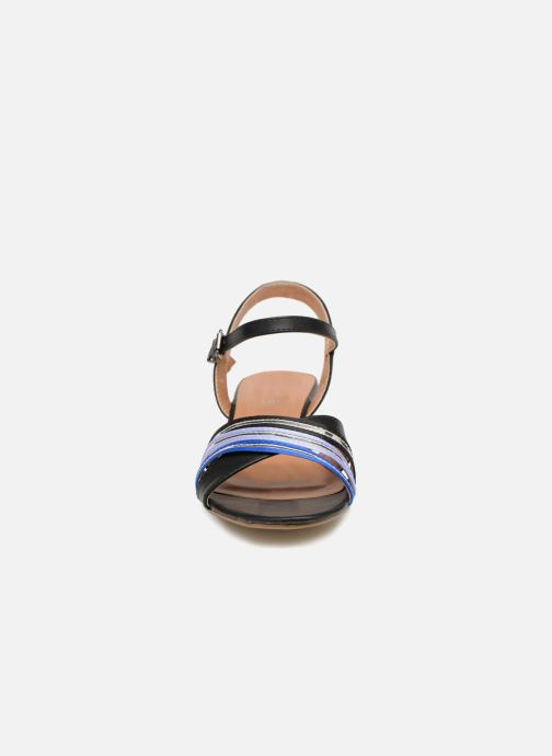 Sandales et nu-pieds Initiale Paris TILIZ Noir vue portées chaussures