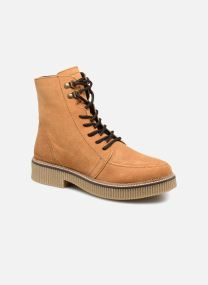 Boots Dam NICOLE L BOOTIE