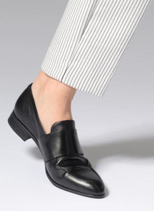 Mocassins Vagabond Shoemakers Frances 4406-001 Noir vue bas / vue portée sac