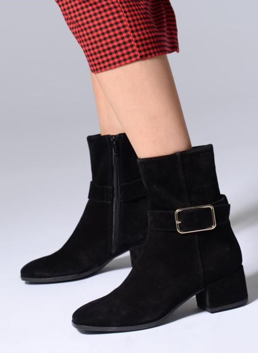 Ankle boots Vagabond Shoemakers DAISY Black view from underneath / model view