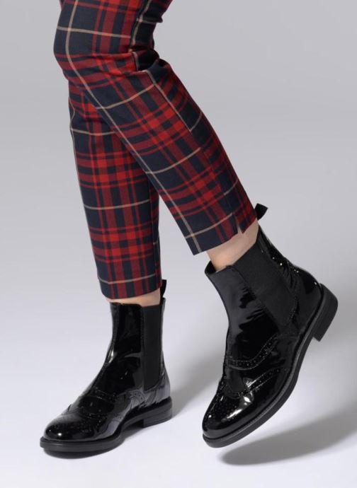 Bottines et boots Vagabond Shoemakers AMINA Noir vue bas / vue portée sac