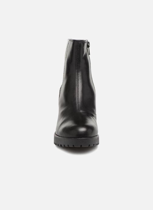 Ankelstøvler Vagabond Shoemakers GRACE 3 Sort se skoene på