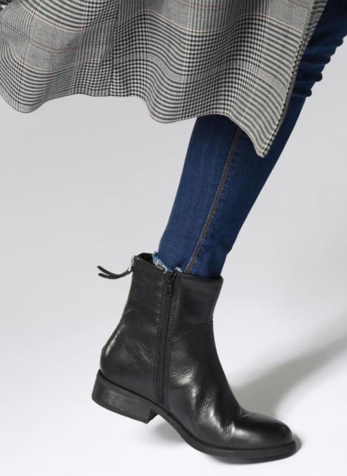 Ankle boots Vagabond Shoemakers CARY 4 Black view from underneath / model view