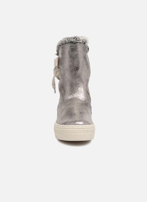 Bottes Primigi Ellectra Argent vue portées chaussures