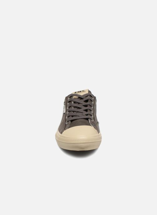 Baskets British Knights Chase Gris vue portées chaussures