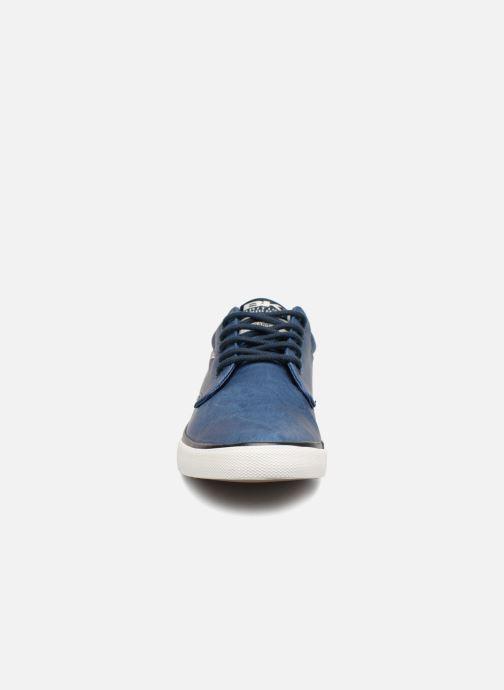 Sneakers British Knights Juno Azzurro modello indossato