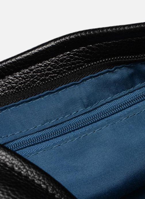 Handtassen Esprit Izzy Small Shoulder Bag Zwart achterkant