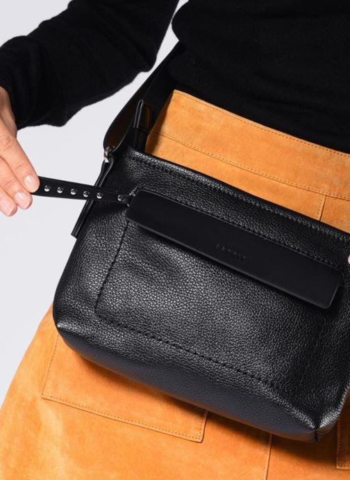 Handtassen Esprit Izzy Small Shoulder Bag Zwart onder