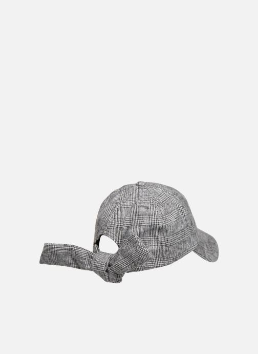 Cappellino Esprit Wool Check Cap Nero modello indossato