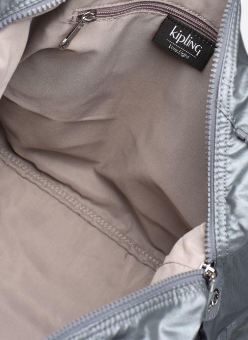 Sporttassen kipling ART Zilver achterkant