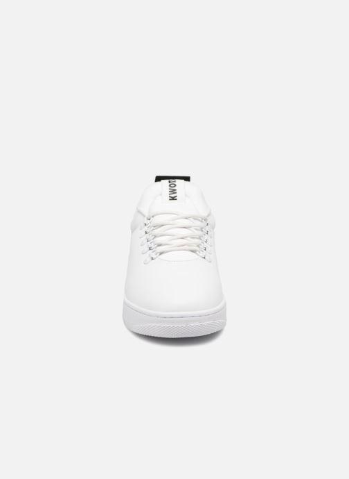 Sneakers Kwots GRAND MOUNTAIN FY Bianco modello indossato