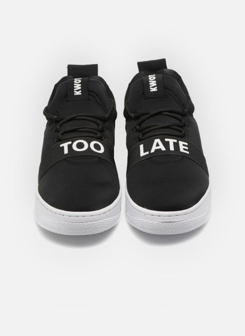 Sneakers Kwots FLASH NEOPRENE TL Nero modello indossato