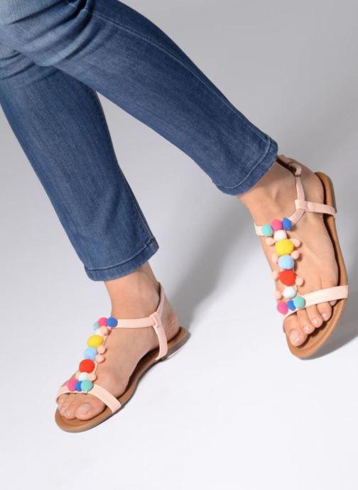 Sandales et nu-pieds Refresh 63593 Beige vue bas / vue portée sac