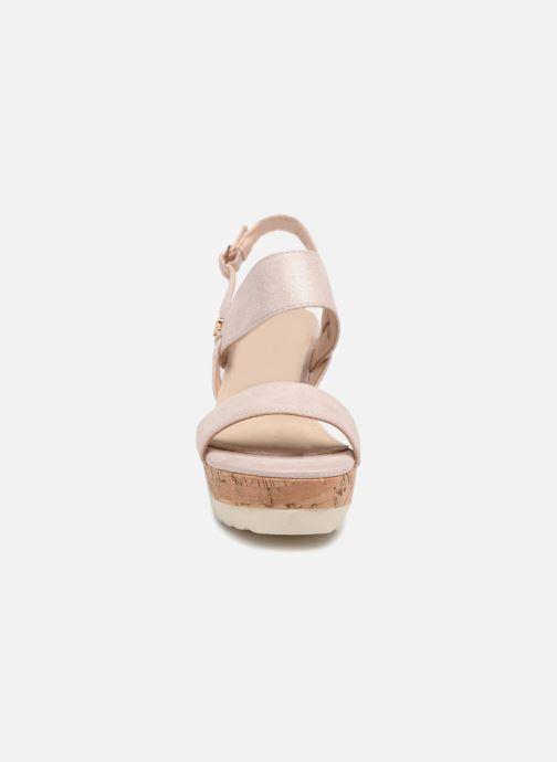 Sandales et nu-pieds Refresh 64093 Beige vue portées chaussures