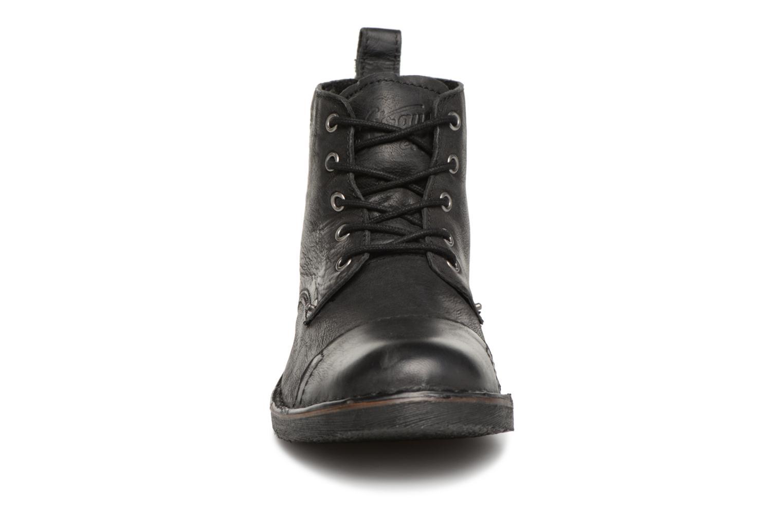 Bottines et boots Levi's Track 2 Noir vue portées chaussures