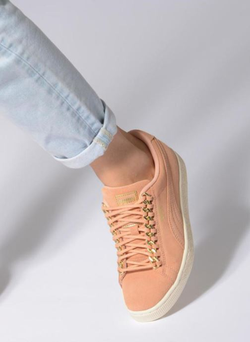 Trainers Puma Suede Chain Wns Pink view from underneath / model view