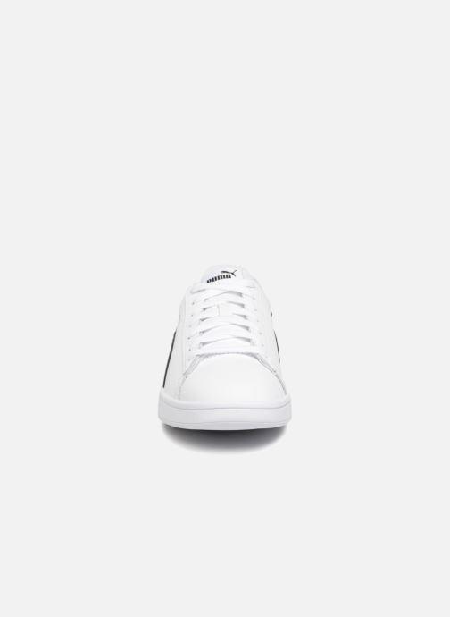 Baskets Puma Smash V2 Blanc vue portées chaussures
