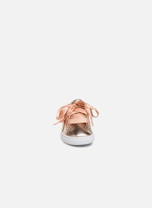 Baskets Puma Basket Heart Cop Rose vue portées chaussures