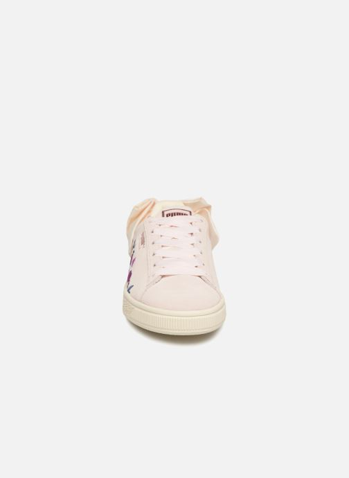 Baskets Puma Suede Bow Flowery Blanc vue portées chaussures