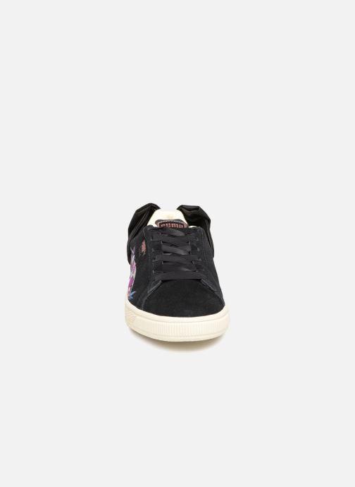 Sneakers Puma Suede Bow Flowery Nero modello indossato