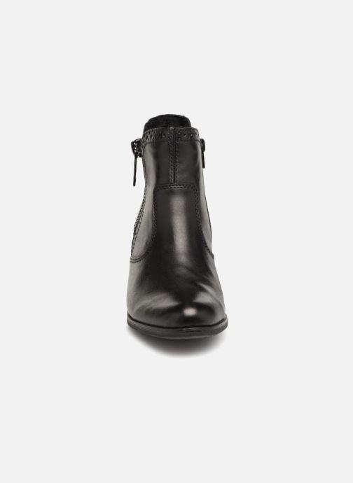 Bottines et boots Rieker Evelina Y8965 Noir vue portées chaussures
