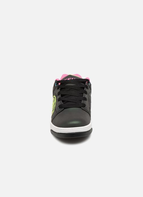 Baskets Heelys Voyager Noir vue portées chaussures