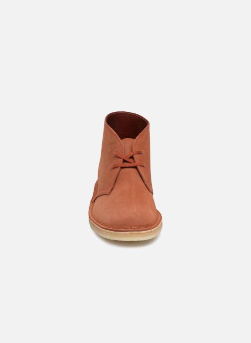 Bottines et boots Clarks Originals Desert Boot Orange vue portées chaussures