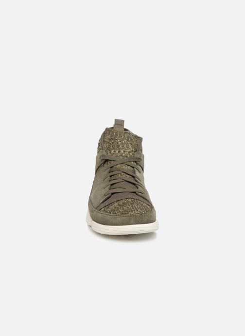 Sneakers Clarks Originals Trigenic Evo. Verde modello indossato