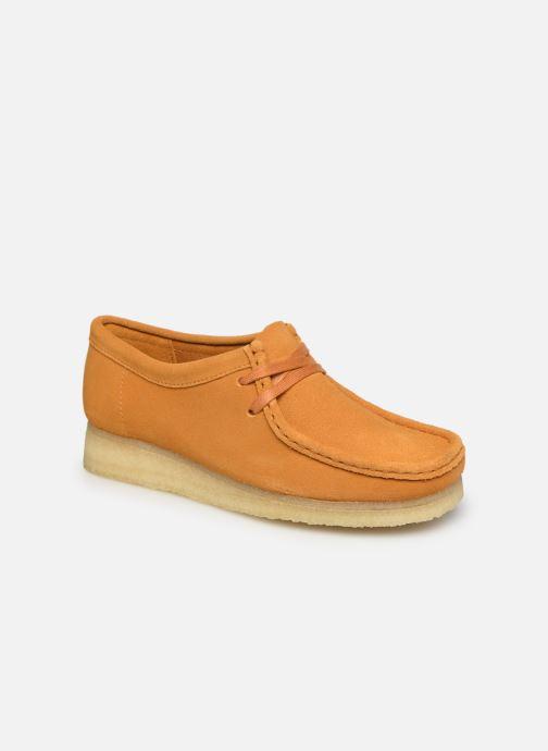 Chaussures à lacets Clarks Originals Wallabee. Orange vue détail/paire