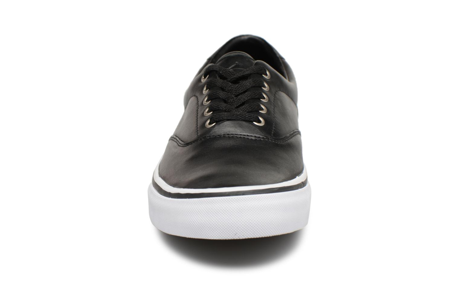 Sneakers Polo Ralph Lauren Thorton Nero modello indossato