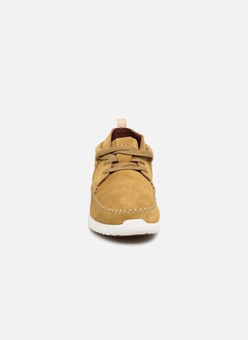 Baskets Clarks Originals TorTrack Mid  M Beige vue portées chaussures