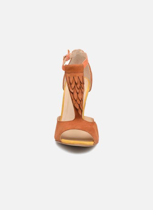 Sandales et nu-pieds Mellow Yellow Brady Marron vue portées chaussures