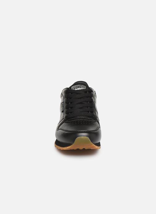 Baskets Skechers OG 85 Old School Cool Noir vue portées chaussures