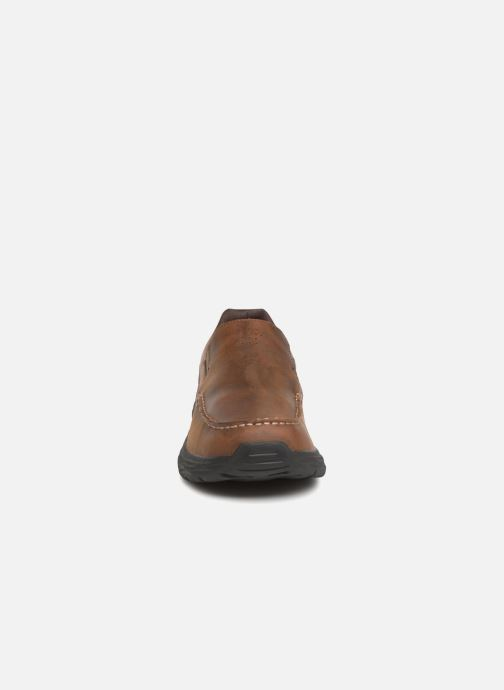 Loafers Skechers Harsen Ortego Brown model view