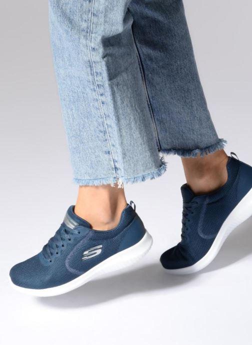 Skechers Ultra Flex Free Spirits (Bleu) Baskets chez