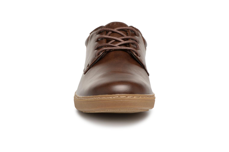 Chaussures à lacets Skechers Lanson Escape Marron vue portées chaussures