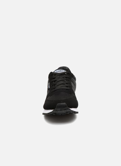 Deportivas Skechers OG 85 Forcon Negro vista del modelo