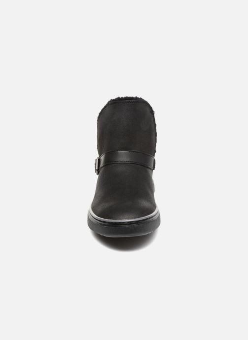 Botines  Skechers Keepsneak Pocatello Negro vista del modelo