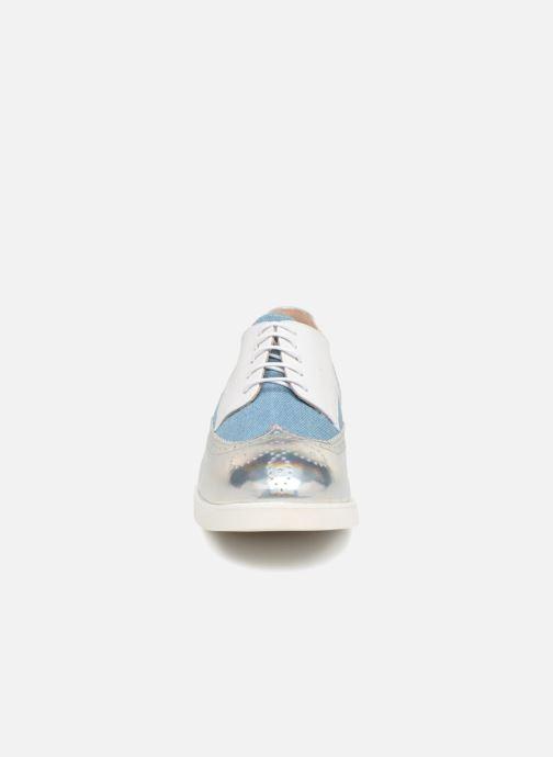 Chaussures à lacets COSMOPARIS ELA Blanc vue portées chaussures