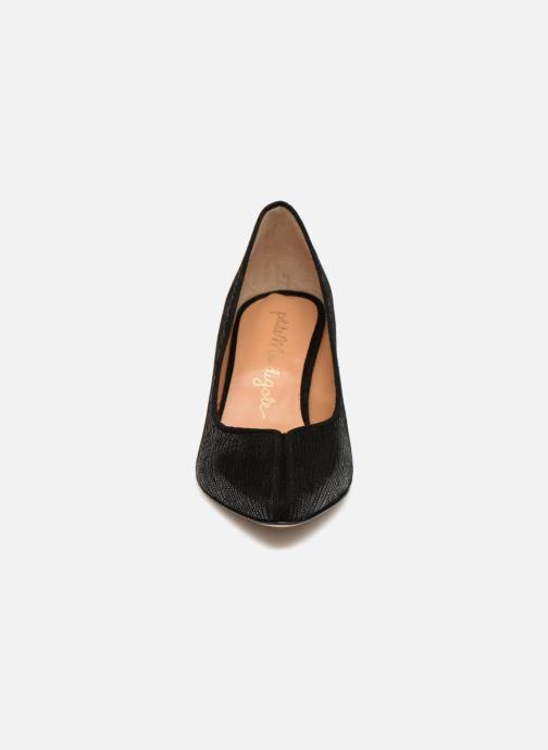 Escarpins Petite mendigote SAUVAGE CRACKLE Noir vue portées chaussures