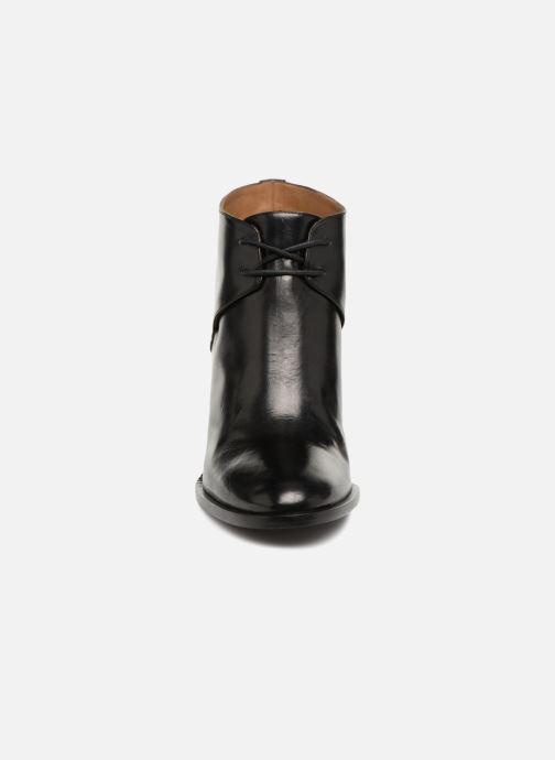 Bottines et boots Veronique Branquinho Low boots Noir vue portées chaussures