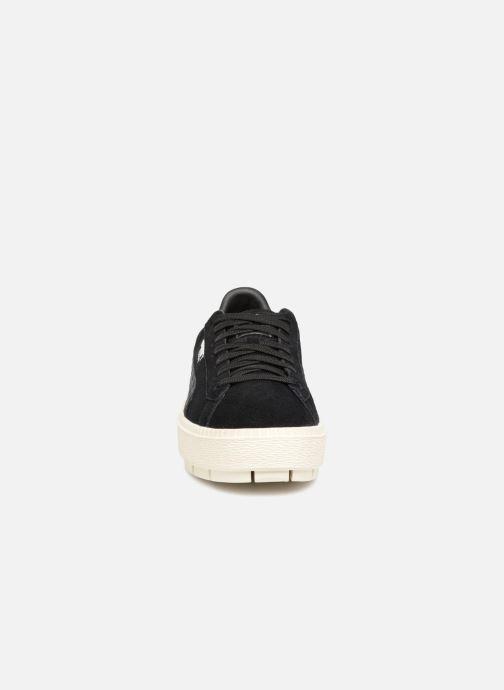 Baskets Puma Suede Platform Trace Jr Noir vue portées chaussures