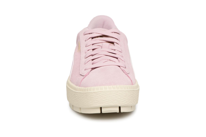 Baskets Puma Suede Platform Trace Jr Rose vue portées chaussures